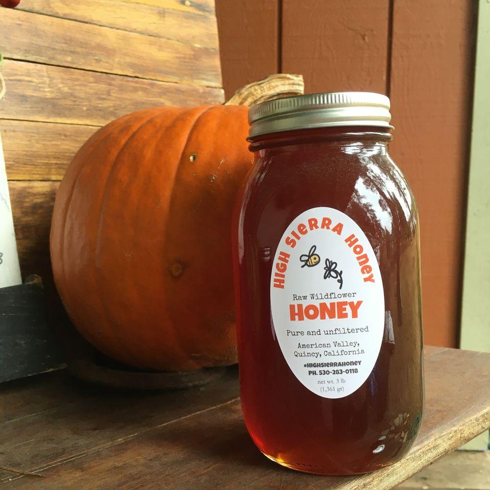 quart of honey in a jar